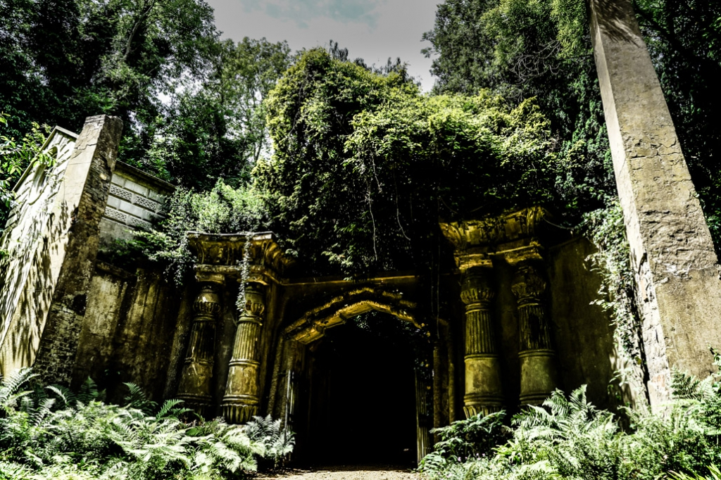 The Egyptian Gate at Highgate Cemetery