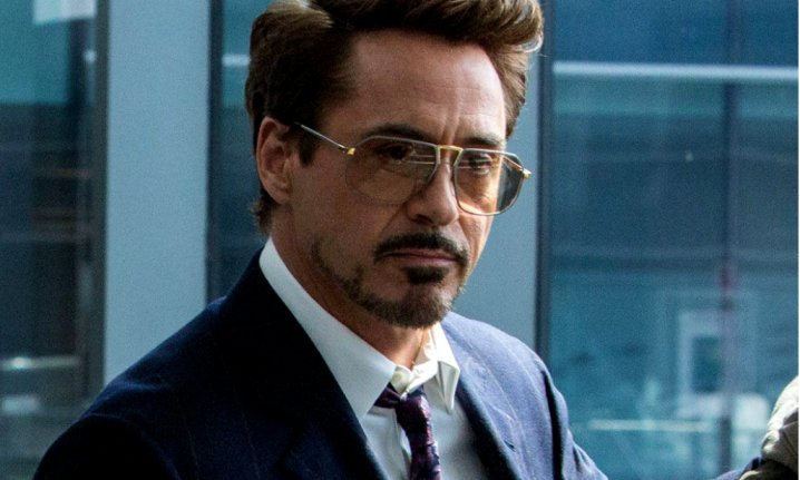 7 Reasons, WHY We Love Robert Downey Jr So Much a